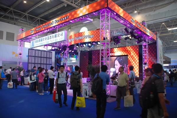 明和光电系列产品惊艳亮相2012PALM展
