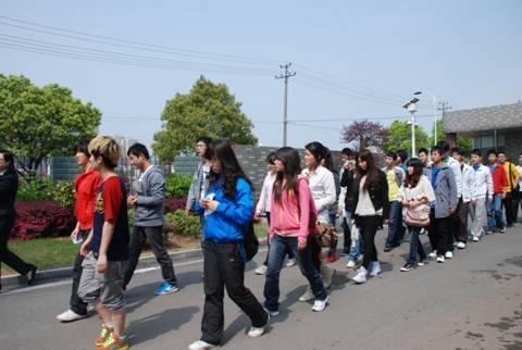 湖南大众传媒学院师生来我司参观学习
